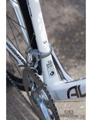 The Avanti's frame is quality - perfectly rigid in the bottom bracket, and tapering to thinner tubing for compliance where rigidity is less crucial