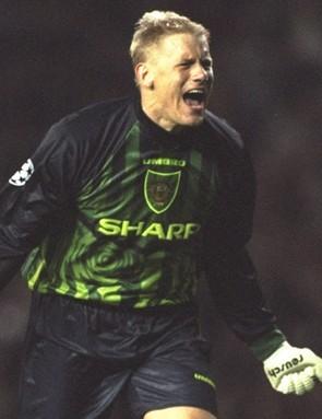 The legendary keeper won the Premier League five times