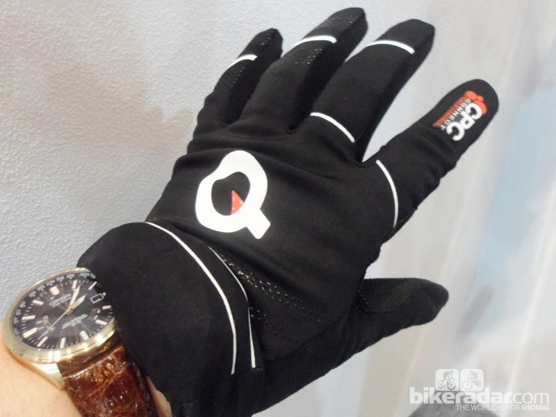 The mid-season prototype offers increased warmth for cooler days than the existing long finger CPC glove, but it also has another trick up its sleeve...