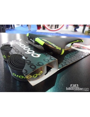 The new colours are combined into one coordinated package with ProLogo's excellent grippy One-Touch bar tape (with matching fluro logo details).