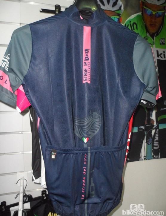 Another limited edition Santini jersey celebrates the Giro passing through Piedmonte's wine region