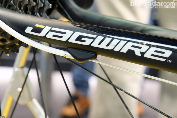 Jagwire fills the gap left by the departure of Gore's bicycle cable division with a new fully sealed system that's available for both brake and shift systems