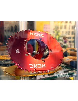 KCNC looks to have created its own version of Osymetric's non-round chainring