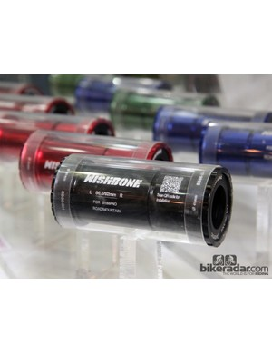 This Wishbone PF86/92 bottom bracket essentially installs like a standard set of threaded cups. We're dying to try one