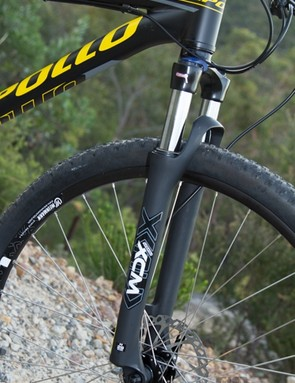 Other bikes on test feature 100mm of suspension travel - the Apollo has just 80mm. This is done to overcome the extra height of the big 29in wheel, but it has a huge effect on suspension performance at this price-point