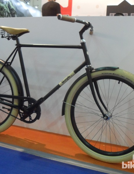 Simple Bike's retro fat 29er is one pretty machine - singlespeed and a single rear coaster brake makes it very simple indeed