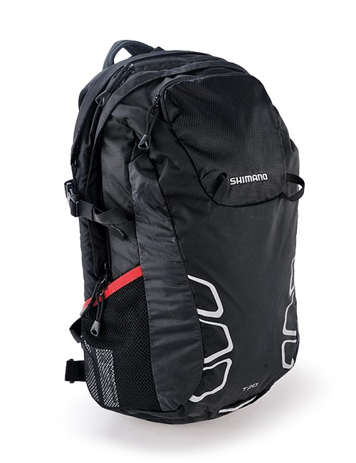 The Shimano Tsukinist T20 has a variety of different compartments