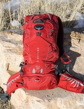 The Raptor 10 has 10 liters of storarage space and comes with a 3 liter (100oz) bladder