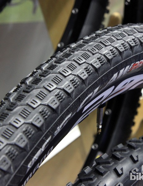 IRC's new G-Claw is designed as an ultra-fast cross-country tyre with a very low-profile tread. IRC will offer it in a single 29x2in size with a tubeless-ready casing and a claimed weight of 595g