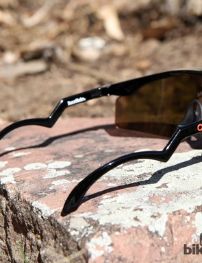 Oakley's unmistakable 'trigger' earstems kicked off a wave of copycats in the 80s