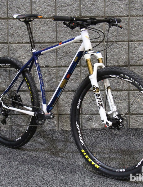This Six-Eleven 29er is fillet-brazed and is decked out in a stunning paint job