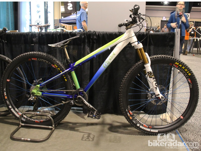 Aluminum frames, particularly aluminum 4x/dual slalom frames, are a rare sight at NAHBS