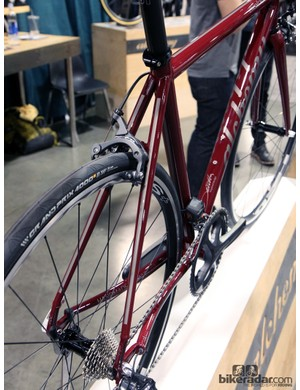Alchemy says the swaged stays on its new Aiolos gives the titanium frame a smooth and comfortable ride