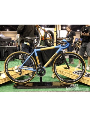 Boo Bicycles' Aluboo range offers customers a lower-priced option for getting into a bamboo frame. Instead of hand-wrapped carbon fiber joints, Aluboo frames use aluminum ends on the bamboo tubes which are then TIG-welded together