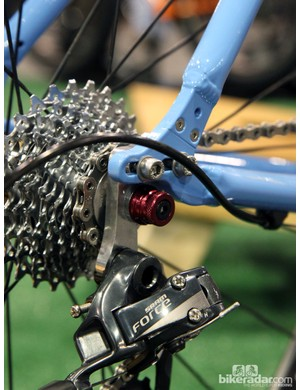 Sliding dropouts on this Aluboo allow for geared or singlespeed use. The split dropout can also be used with a Gates belt drive, too