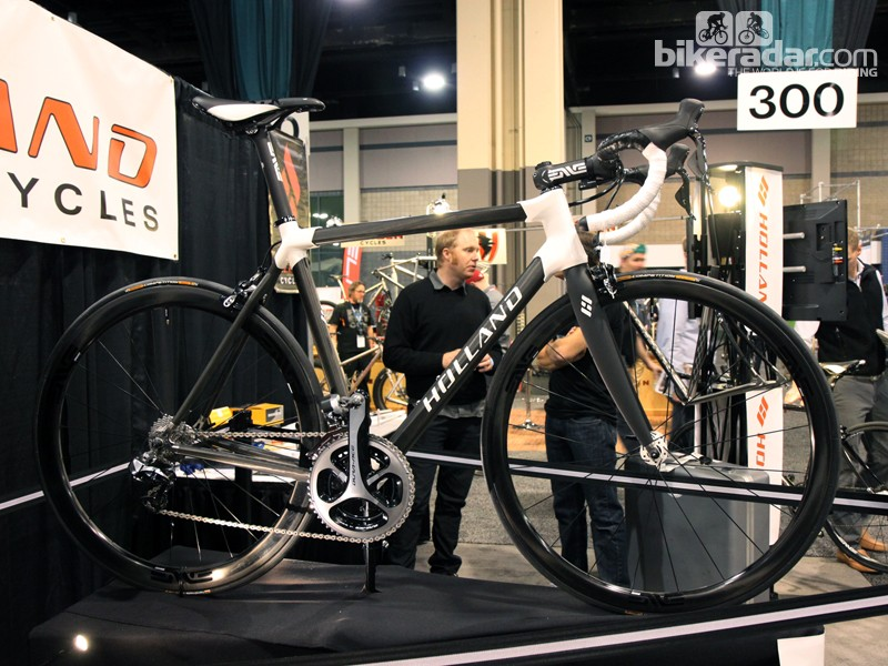 Holland Cycles' latest creation is this all-carbon masterpiece called the HC. Tubes and lugs are custom molded in California by renowned carbon master Mike Lopez, formerly of Serotta
