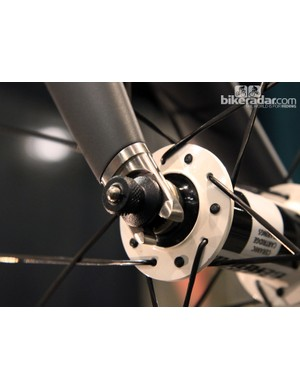 Holland Cycles will eventually use its own fork for the HC, including these gorgeous titanium dropouts