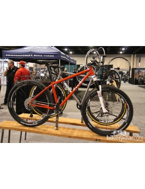 This 650B SyCip was on display at the SRAM booth