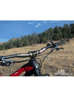 The Renthal FatBar Lite Carbon is reasonably wide at 740mm across