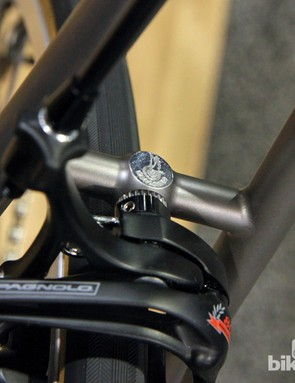The winged Campagnolo logo finds its way on to the brake bridge