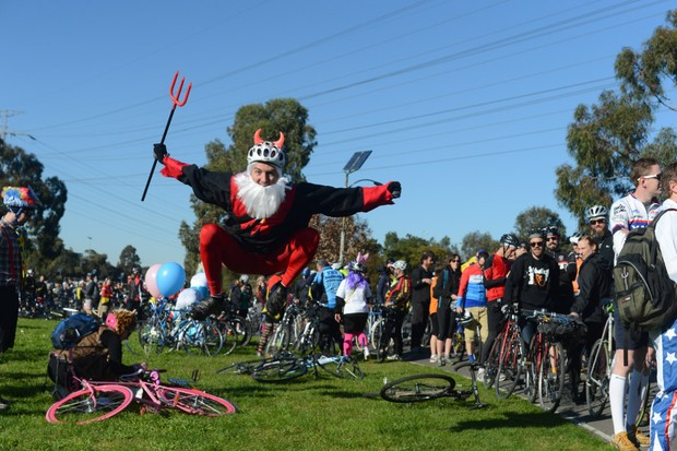 Didi the Devil makes an appearance at Roobaix