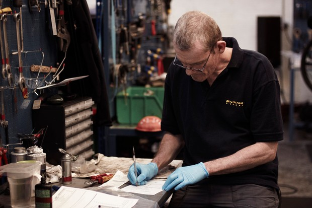 Put your questions to the experts from Evans Cycles