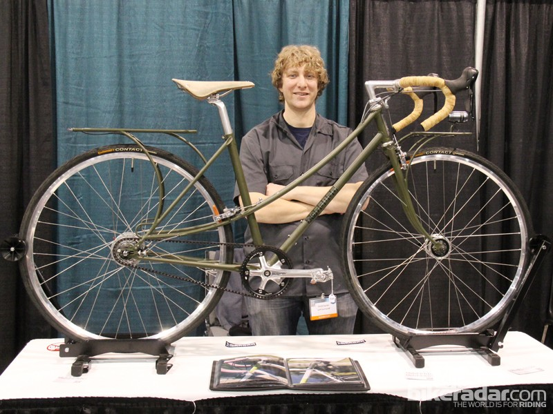 Jeff Gerhardt of [Fe][C]ycles built this mixte frame to be a low-maintenance commuter