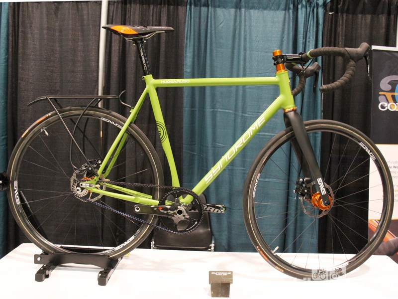 Syndrome Cycles had this speedy CX-commuter on display