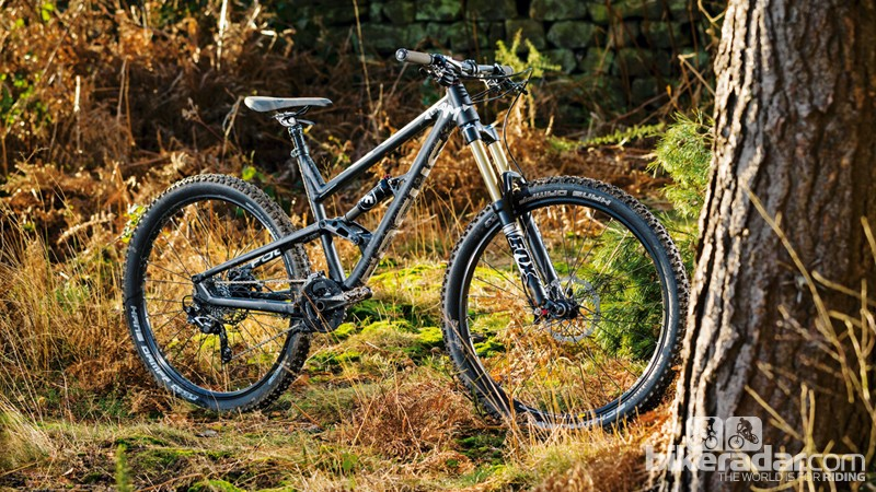 Focus SAM 3.0: 32lb, sticky tyres and a short cockpit - you'll cough up your own hips on the climbs