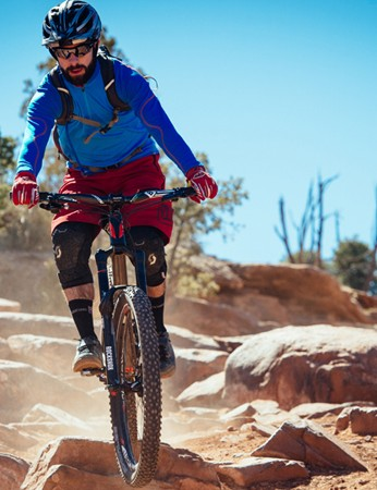 Rob putting SRAM's new Guide brakes to the test on Moab's famous Porcupine Rim