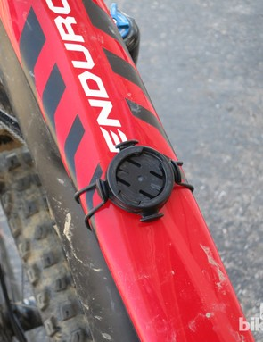 The Garmin Quick Release mount is easy to install and can be used in a variety of locations