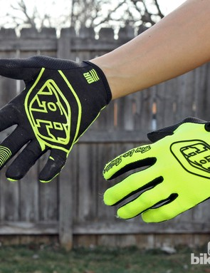 Riders that like to really feel their bars will like the Troy Lee Designs Air gloves' paper-thin Clarino synthetic leather palms