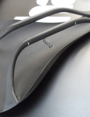 The all-carbon ALM makes for a super light saddle – just 120g!
