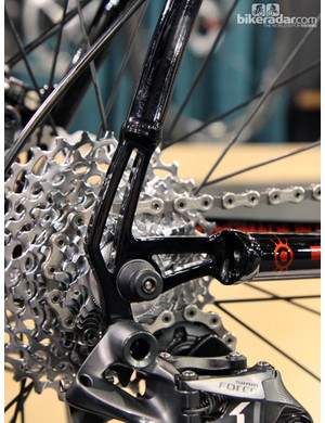 Lightweight-looking plate dropouts on Alchemy's new Aiolos titanium road bike