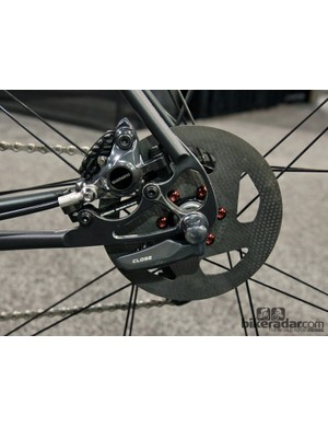 Cherubim wanted to combine cutting-edge components with steel construction, opting for Shimano's R785 hydraulic disc brakes and carbon rotors from Kettle Cycles