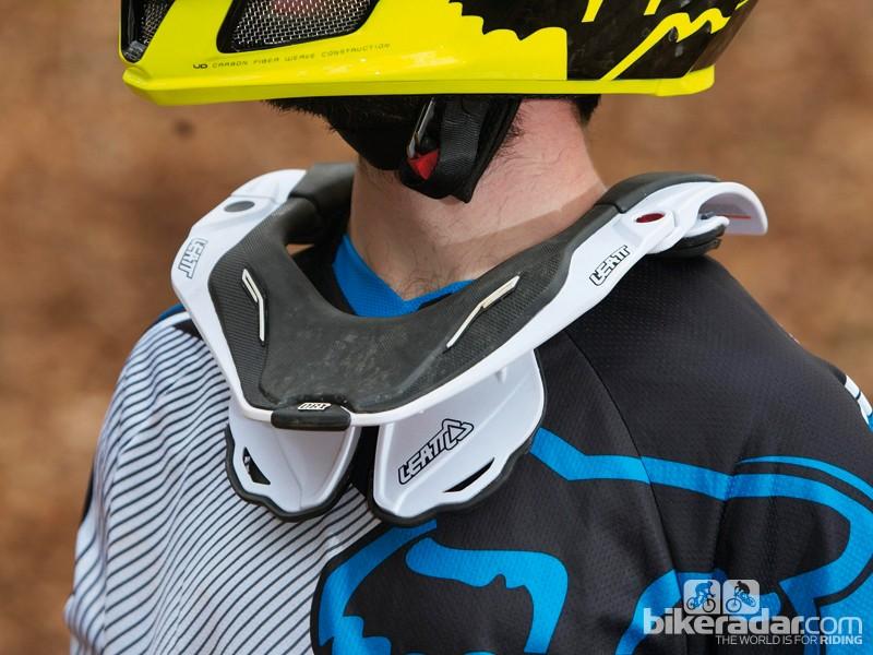 Leatt DBX 5.5 neck brace