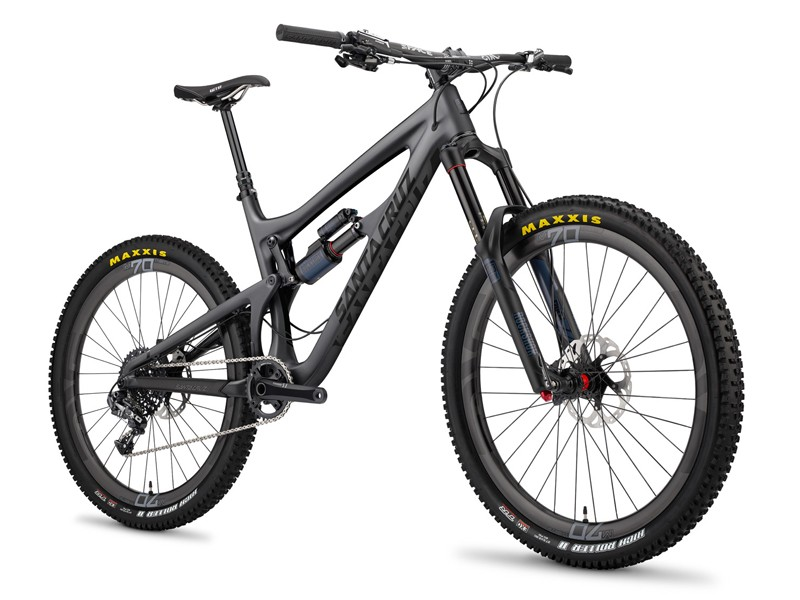 If aqua/magenta is not your cup of tea, there's also a stealthy black versionn of the new Santa Cruz Nomad