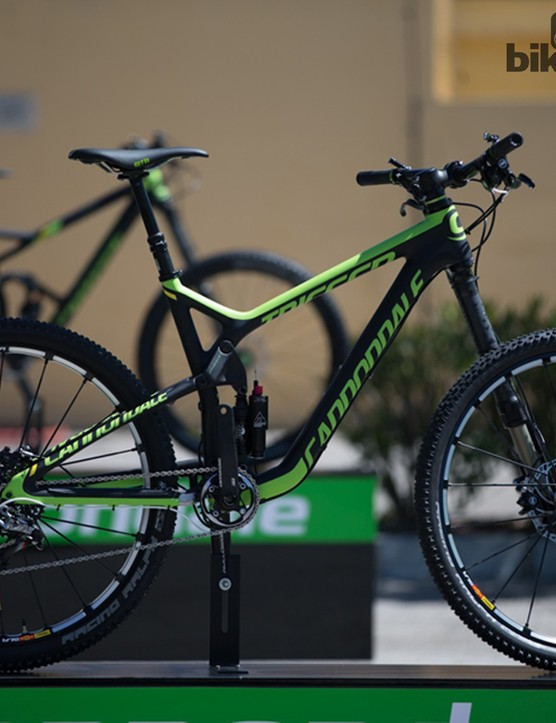 The 2015 Trigger 27.5 replaces the old 26in wheeled model, but it will run alongside the 29er, for the time being...