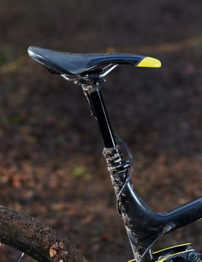 A standard-issue RockShox Reverb dropper underpins your seating arrangements