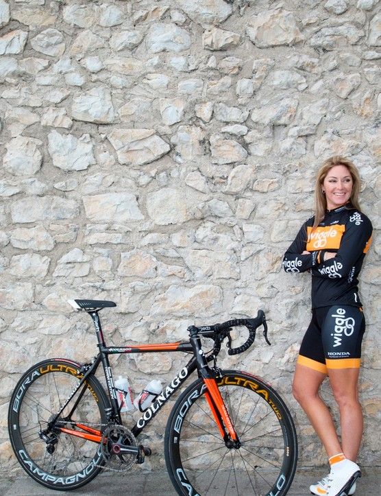 Rochelle Gilmore is the Australian team owner of Wiggle Honda. She still rides too, on tyres pumped up to 11