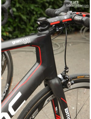 Phinney's (BMC Racing Team) 58cm BMC GF01 is built with a whopping 196mm-long head tube. The stem is slammed atop the headset cap but with a typical -6° angle instead of something more aggressive