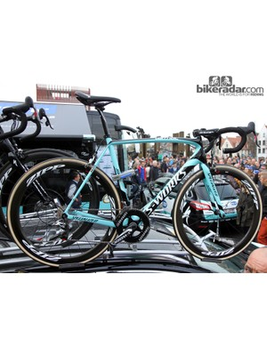 Tom Boonen (Omega Pharma-QuickStep) had at least three spare bikes available for Ronde van Vlaanderen, including this Specialized S-Works Tarmac SL4