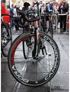 Campagnolo Bora Ultra Two carbon tubular wheels and 28mm-wide Continental Competition Pro Limited PTX tires for Jurgen Roelandts (Lotto-Belisol)