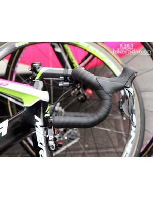 Double-wrapped bars for Lampre-Merida rider Sacha Modolo