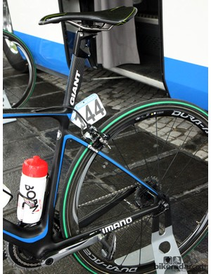 Giant-Shimano's Giant Defy Advanced SL machines are widely regarded for their impressively smooth ride - just the thing for attacking the cobbled climbs of Ronde van Vlaanderen