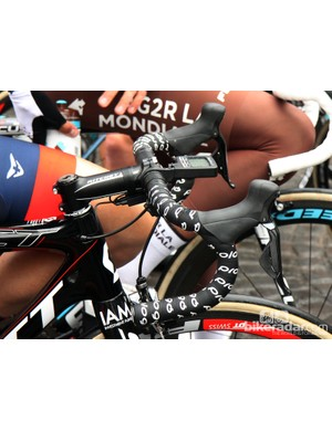 Traditional-bend aluminum bars for Sylvain Chavanel (IAM Cycling)