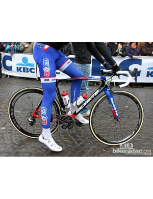FDJ riders were on a new Lapierre Xelius model. We'll have more information shortly