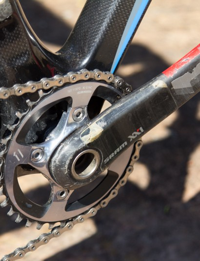 A 36T SRAM XX1 chainring is used - impressive considering Wallace often tackles extremely steep and long climbs