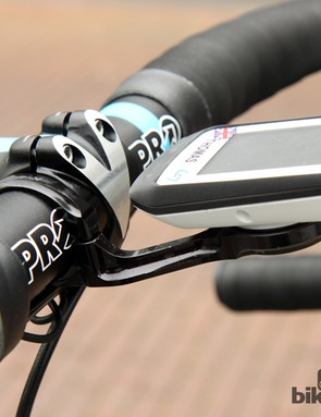 The K-Edge logos are blacked out on the team's Garmin mounts but there's no denying that its CNC-machined aluminum construction is far sturdier than what Garmin produces