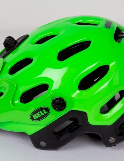 The sensor sticks out quite a bit on the back of this Bell Super trail helmet